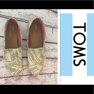 🎉TOMS Classic Canvas Shoes Newsprint🎉8 1/2